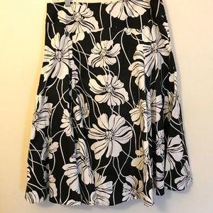 Jones New York BW Floral Flare skirt | Women's 8
